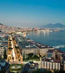 Napoli di notte